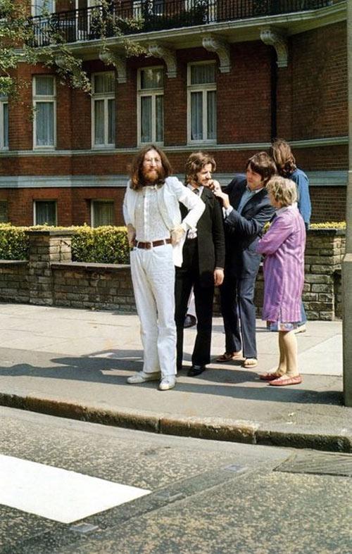 Abbey Sidewalk